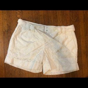 Express Design Studio editor lace white shorts